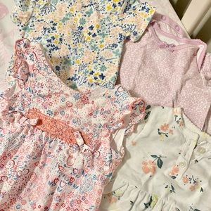 Baby girls bubble and onesie lot size 3-6 months